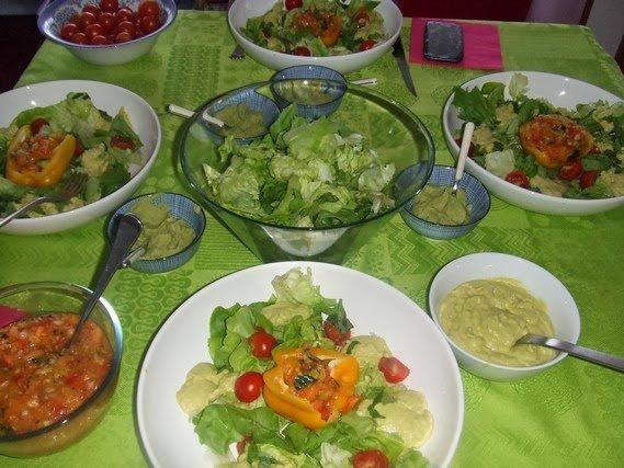 repas familial cru végétalien
