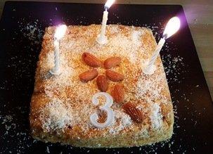Gâteau d'anniversaire de CRUDIVEGAN