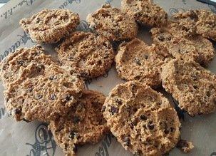 2 recettes crues aux amandes : cookies et lait d'amande