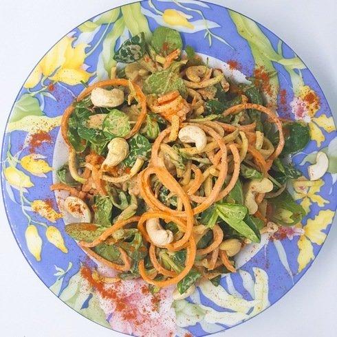 plat cru légumes spiralisés