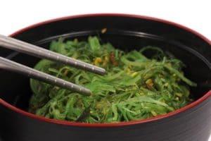 mangeons des algues, salade japonaise